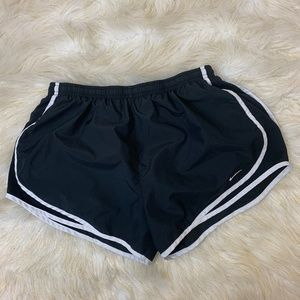 Nike|Swoosh|Women|Short